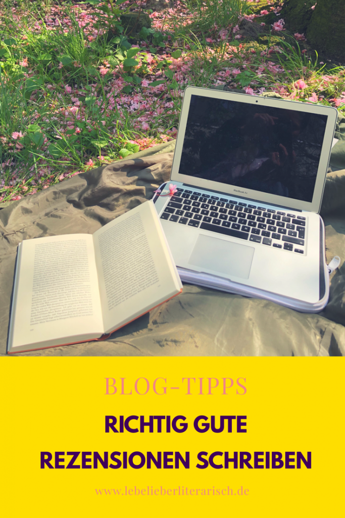 Du möchtest richtig gute und erfolgreiche Rezensionen schreiben? Dann verwebe von Anfang an Informationen und Meinung. Wie du das machst, erfährst du hier.  #Bloggen #Blogtipps #Rezensionenschreiben